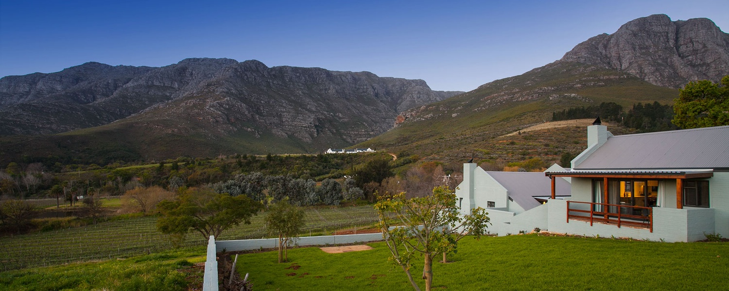 Mont Angelis Cottage 6 'Micah' and view on Stellenbosch Mountain