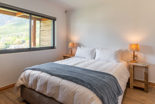 Wine farm accommodation Stellenbosch Mont Angelis